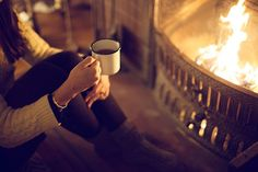 coffee&campfire :: via the Messes of Men ooh a warm fire, knit sweater, and hot drink