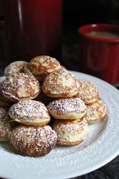 Poffertjes are tiny Dutch pancakes, that taste a lot more like a yeasted doughnut to Danish Pancakes, Baby Pancakes, Dutch Recipes, Gourmet Recipes, Amish Recipes, Vegetarian Recipes, Cooking Recipes, No Bake Granola Bars, Easy Cooking
