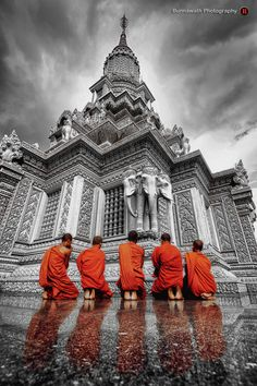 "Kampong Cham, Cambodia • ""MONKS"" by Bunnawath ( B-FOTO ) on http://500px.com/photo/12800927"