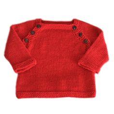 Le petit pull Lucien est destiné aux bébés de : - 1-3-6-12-18 mois Il se tricote en top down de l'encolure vers le bas ce qui permet d'éviter toutes les coutures de finitions. Échantillon en jersey aiguilles 3,5 - 10 x 10 cm : - 24 mailles x 34 rangs Vous pourrez trouver tout le matériel nécessaire sur A&A patrons