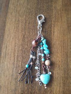 Pendentif pour sac à main, fermoir, charm, porte-clé, boho, gland de la boutique TALBOstyle sur Etsy