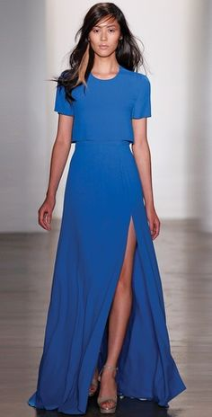 This Peter Som dress is so hot! In a covered up, fluid kind of way...