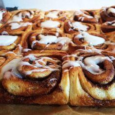 oatmeal mug cake Real Food Recipes, Cake Recipes, Dessert Recipes, Danish Food, Food Crush, Crazy Cakes, Sweet Bread, Yummy Cakes, No Bake Cake