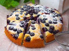 Szefowa w swojej kuchni. Baking Recipes, Cake Recipes, Polish Recipes, Polish Food, Apple Cake, Food Cakes, Love Cake, Sweet Life, Macarons