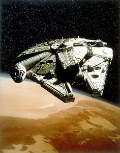 Millennium Falcon : Star Wars: Episode IV - A New Hope (George Lucas, 1977)