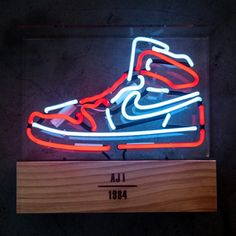 check out 34f1c 5cab5 These Neon Lights Pay Tribute to the Air Jordan 1