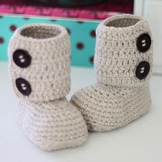 Instant download Crochet PATTERN for booties von monpetitviolon
