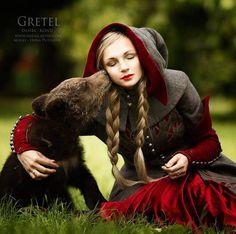 Fairy tale photo - Gretel and bear by Darya Kondratyeva