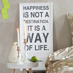 """Schild """"Happiness …"""" / sign """"Happiness …"""""""