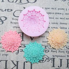 One Hole Flower Clumps Silicone Mold Fondant Molds Sugar Craft Tools Resin flowers Mould Molds For Cakes – USD $ 4.99