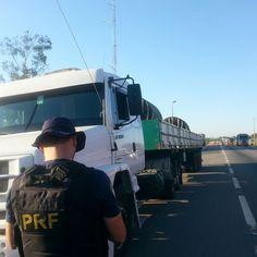 Infrações de trânsito - PRF flagra caminhão com quase 1000 evasões em pedágios - 60683 +http://brml.co/1MCwrgv