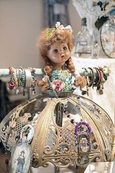 quirky jewelry display