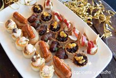 Vintage Cafe, Canapes, Snack, Christmas Time, Sushi, Waffles, French Toast, Appetizers, Bar Food