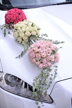 Bridal Trolley Decoration Models - Decoration For Home Wedding Hall Decorations, Flower Decorations, Wedding Themes, Wedding Car Deco, Bridal Car, Just Married Car, Wedding Planner Book, Deco Floral, Bride Bouquets
