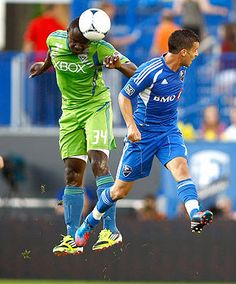 Montreal Impact 4-1 Seattle Sounders Seattle Sounders FC defender Jhon Kennedy Hurtado (34) fights for the ball against Montreal Impact midfielder Felipe Martins (7).    Olivier Jean/Action Images -