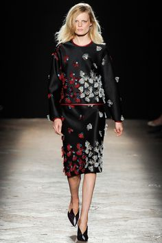 Marco de Vincenzo Spring 2014 RTW - Runway Photos - Fashion Week - Runway, Fashion Shows and Collections - Vogue