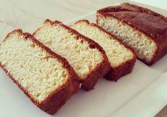 Koolhydraatarme cake Good Healthy Recipes, Healthy Baking, Low Carb Recipes, Cake Recept, Chocolate Roll Cake, Stroganoff Recipe, Keto Cake, Brownie Cake, Sans Gluten