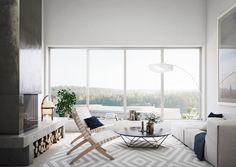 Tobin Properties: #tobinproperties 5 Hus Townhouse i Tollare Nacka Strand. Ljust vardagsrum med stora fönster och öppen spis.