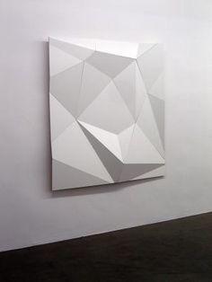 subtley faceted canvas by Daniel Hunzike Geometric Sculpture, Geometric Shapes, Sculpture Art, Geometric Painting, Origami, Modern Art, Contemporary Art, 3d Studio, Design Art