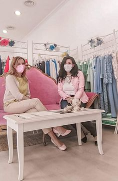 L'eleganza della sartorialità: Paola Zegovin Blog, Furniture, Home Decor, Elegant, Decoration Home, Room Decor, Blogging, Home Furnishings, Home Interior Design