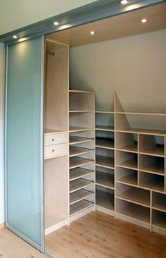 Interesting shelves with cupboard doors concealing shelves