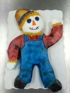 Scarecrow fall cake design