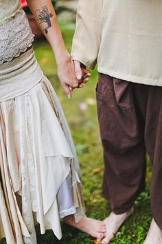 Holding hands and feet :: hippie wedding at serenity falls waterfall in Gatlinburg, Tennessee :: tree tattoo