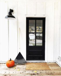 What Design People Are Doing On Instagram: A minimal farmhouse front door courtesy of @thefauxmartha is far from scary.