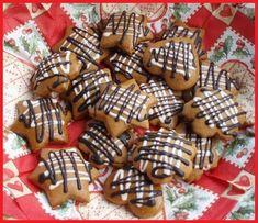 Perníčky plněné povidly Sugar, Cookies, Christmas Recipes, Food, Crack Crackers, Eten, Cookie Recipes, Meals, Biscotti
