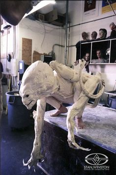 Tom Woodruff, Jr. strikes a predatory pose during a test fitting for Stan Winston's PUMPKINHEAD.