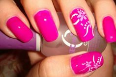 False beauty: The color of nail and girls www.beautifulnaildesigns.com