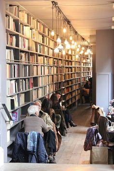 Merci - Paris - 'second-hand books' restaurant Restaurant Paris, Restaurant Design, Week End Paris, Merci Paris, Library Bookshelves, Café Bar, Book Cafe, Cafe Shop, Book Nooks