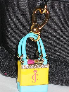 Juicy+couture+charm+beach+bag+gold+tone+YJRUOC34+authentic