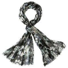 """This week's RepliKate on Keeping Up with the Cambridges: Target scarf for Beulah London's """"Eden"""" scarf"""