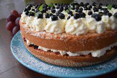 Kuchnia Koloru Blond: Szybki, łatwy tort z jagodami (Róbta Jak Chceta :)... Tiramisu, Blond, Cheesecake, Ethnic Recipes, Cheesecakes, Tiramisu Cake, Cherry Cheesecake Shooters