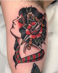 Tattoo old school girl american traditional style Ideas for 2019 - Tattoo old school girl american traditional style Ideas for 2019 - Pin-up-girl Tattoo, Book Tattoo, Head Tattoos, Tattoo Fonts, Cover Tattoos, Wrist Tattoos For Women, Tattoos For Guys, Old School Tattoo Motive, Old School Tattoos