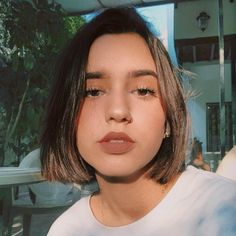 Bald Girl, Live In The Now, Tik Tok, Hair Inspo, Instagram, Videos, Beauty, Color, Beautiful