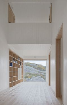 KOLMAN x BOYE - Vega Cottage - The house stands on the island of Vega in the Norwegian archipelago not far from the polar circle.