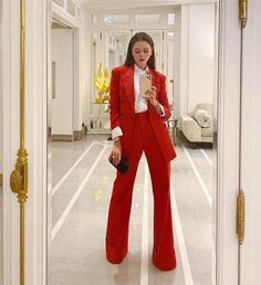 Suit Fashion, Look Fashion, Fashion Outfits, Classy Outfits, Stylish Outfits, Mode Ootd, Pantsuits For Women, Elegantes Outfit, Professional Outfits