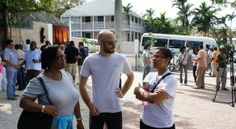Walking Art Tour of Downtown Nassau with Gallery Admissions