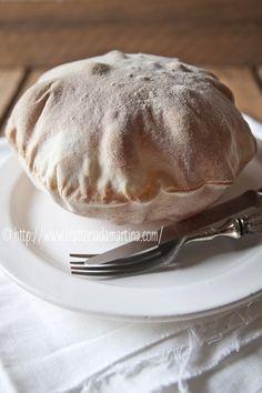 Palloncini di pane con sorpresa