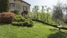 LocationMontecastelli, Umbertide, UmbriaDescriptionRestored farm house and barn in a hillside location with a wonderf