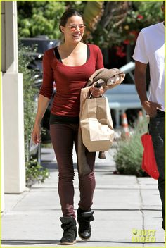 Elsa Pataky & Michelle Rodriguez: Separate Fast 6 Outings!   elsa pataky michelle rodriguez separate fast 6 outings 11 - Photo