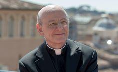 Mons. Ocáriz: «Esperamos la elección del nuevo prelado en actitud de oración al Espíritu Santo».