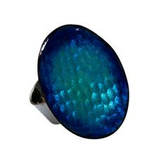 Penjoll de coure cobalt, fet a mà amb esmalts al foc. Handmade Copper, Blue Rings, Cobalt Blue, Gemstone Rings, Enamel, Jewels, Artist, Vitreous Enamel, Jewerly