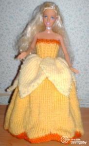 En regardant mes jonquilles j'ai pensé à cette robe Matériel: Laine: Qualité barisienne de bergère de France : col jaune vif(1 pelote), jaune clair et...