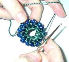 From Bead Wrangler, an older but excellent instructions for  crochet ropes  #Seed #Bead #Tutorials