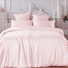 Refresh your bedroom with our Light Pink Silk Duvet Cover, which is made from the finest Mulberry silk. Dream Rooms, Dream Bedroom, Home Bedroom, Bedroom Ideas, Pretty Bedroom, Blush Bedroom, Master Bedroom, Light Pink Bedrooms, Shabby Chic Bedrooms