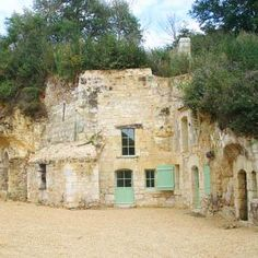 Stay in a troglodyte (someone who lives in a cave) gite in Anjou Loire Valley Earth Sheltered Homes, House On The Rock, Spring Home, Location, Habitats, Places To Go, Waterfall, Around The Worlds, Cottage