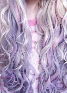 I loooove this.  if I was ever to die my hair it would be this